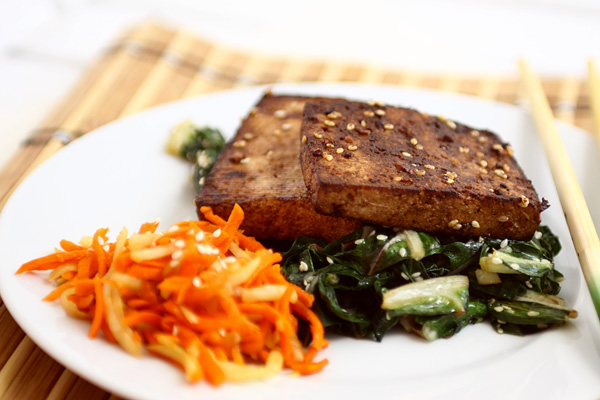 grillezett tofu mángolddal