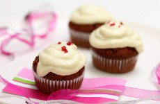red_velevet_cupcake