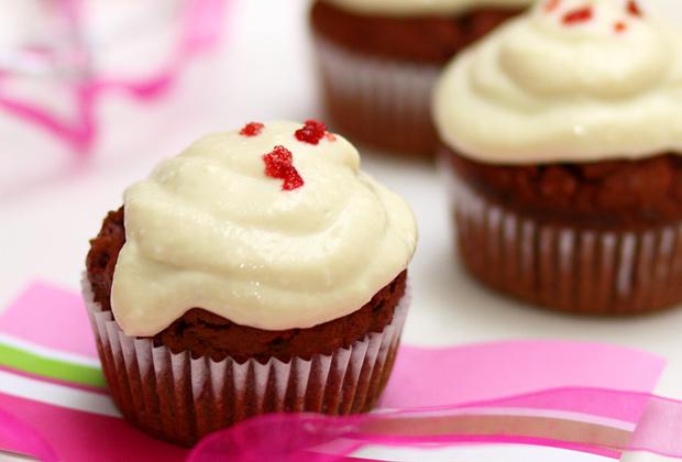 red_velevet_cupcake_2